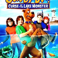 SCOOBY-DOO Y LA MALDICIÓN DEL MONSTRUO DEL LAGO (SCOOBY DOO! - CURSE OF THE LAKE MONSTER, 2010)